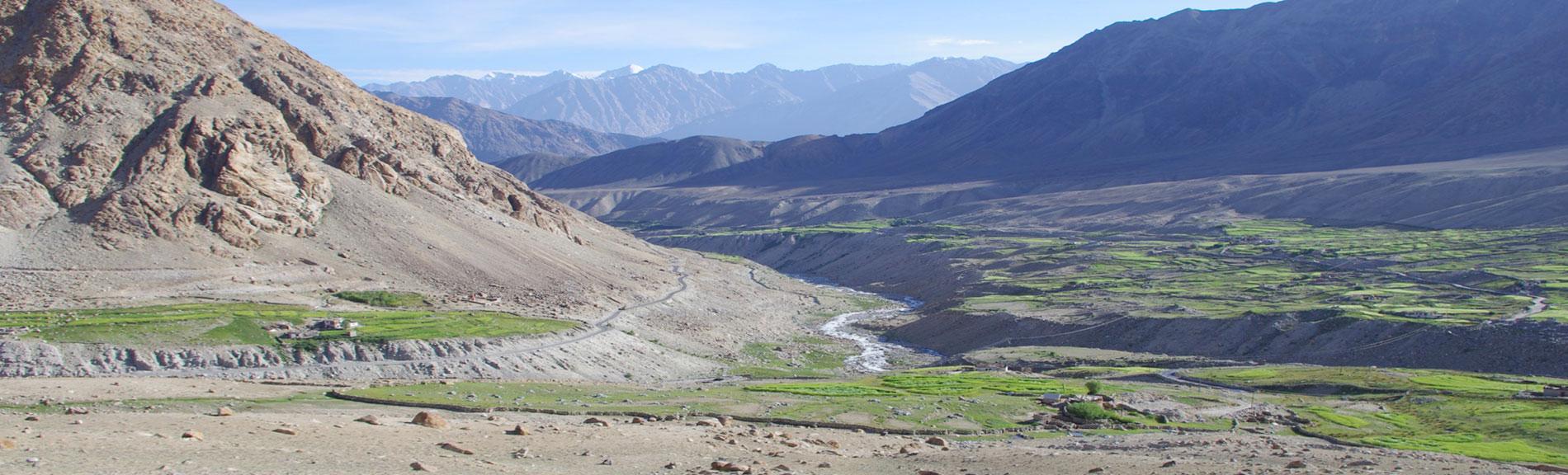 slide-nubratal-landschaft
