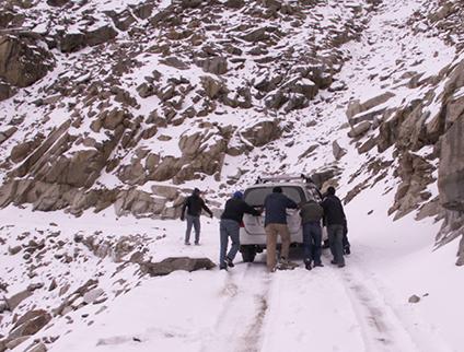 bericht07-1 Schnee am Khardung-La