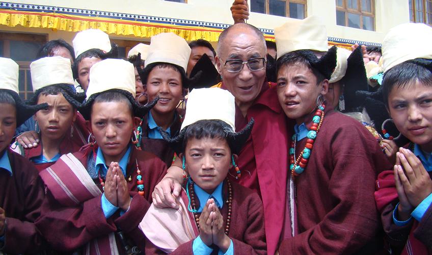 dalai-lama-schulsegnung